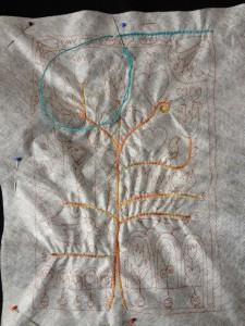 Eerst de contouren borduren
