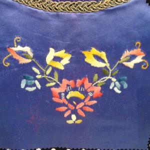 borduurwerk op Urker kraplap